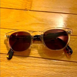 Oliver peoples glasses with case
